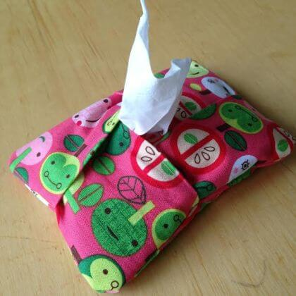 5 Minute Kleenex Holder